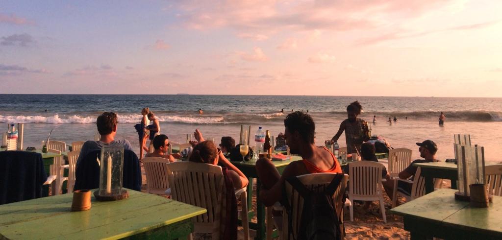 Mirissa-beach-strand-sri-lanka